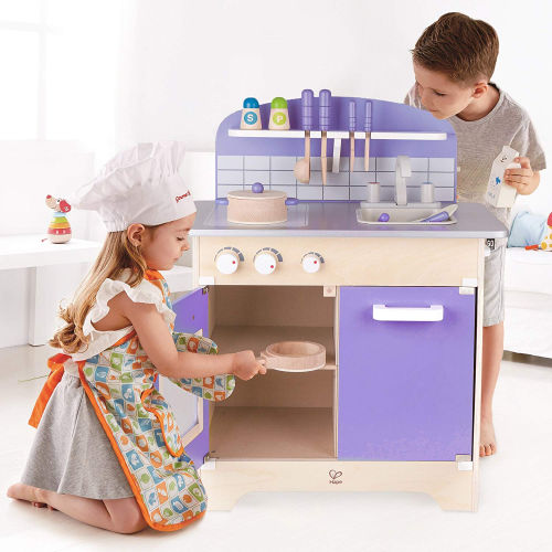 The Deluxe and Safe-to-Use USA Toyz Hape Kitchen Playset