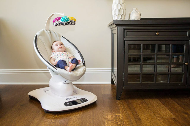 Mamaroo Vs Graco Glider: How To Pick The Right One For Your Baby !